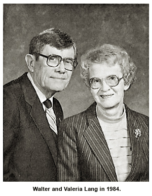 """Walter and Valeria Lang in 1984 – founders of mission """"Creation Moments"""""""